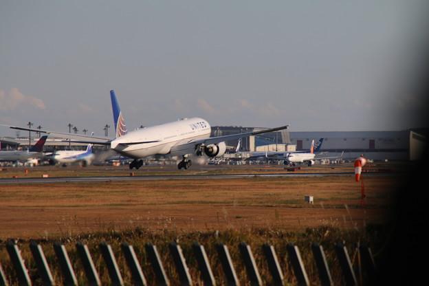 飛行機_成田 D4232