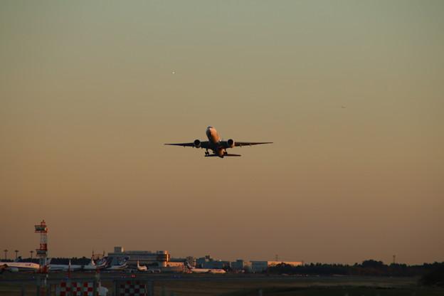 飛行機_成田 D4450