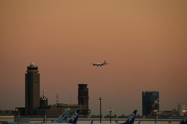 飛行機_成田 D4473