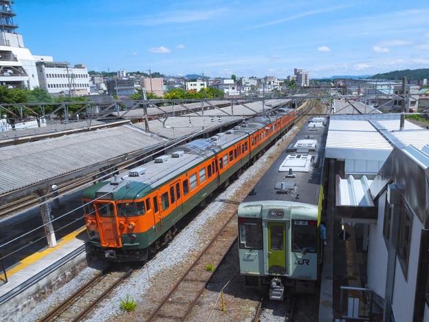 小諸駅の115系とキハ110系(再修正版)