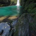 仁淀ブルーの滝壺