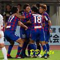 9月19日H大宮戦 助け起こす道渕選手4