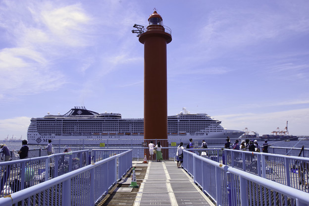 Photos: MSCスプレンディダ入港