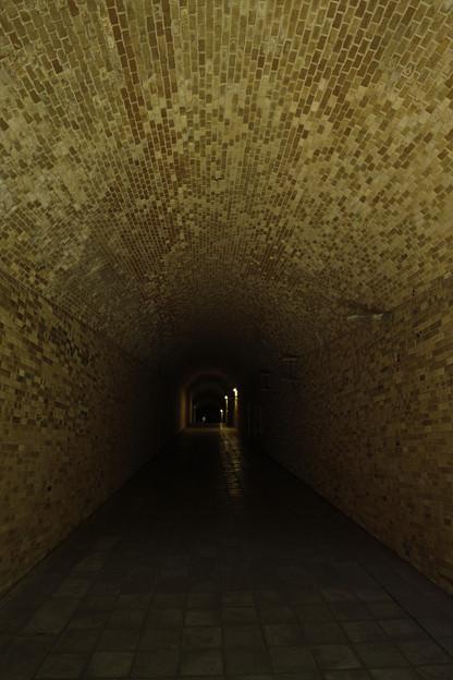 レンガトンネル
