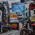 写真: 大阪の街角