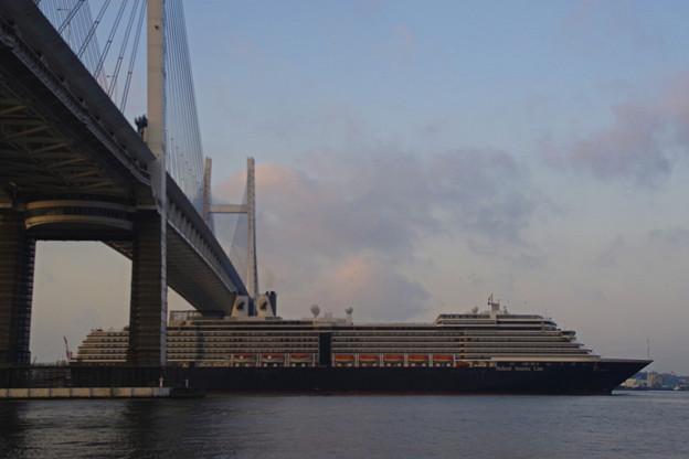 ウエステルダム入港