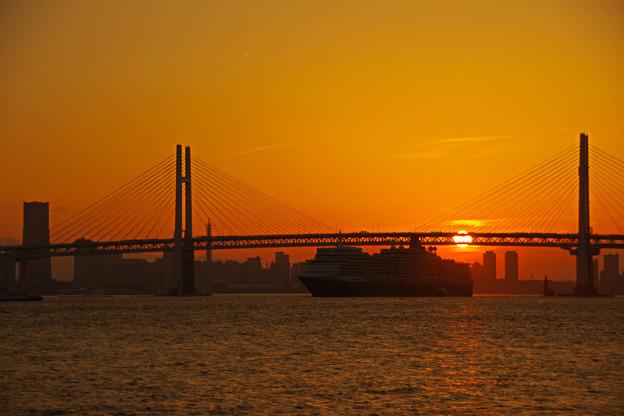 夕陽を背に・・・
