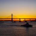 港の夜明け