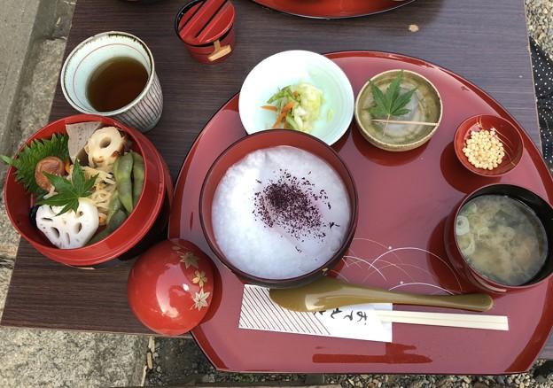 三渓園   朝粥