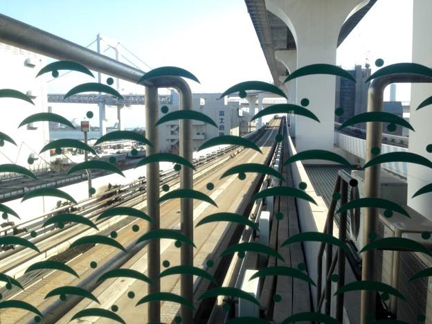 No.328 U05 ゆりかもめ 芝浦ふ頭駅 露芝文様 Yurikamome Shibaura-Futō Station~Tsuyushiba Mon-yō~