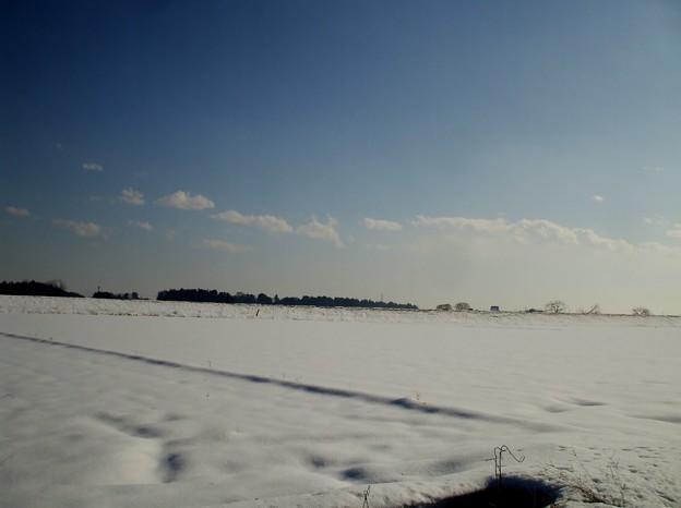 小山も雪国