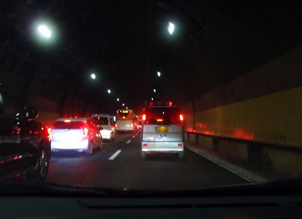 首都高  山手トンネル渋滞 (2)