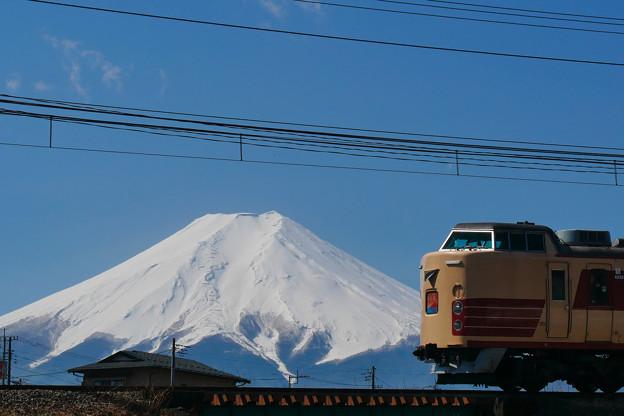 189系 ホリデー快速富士山 M51