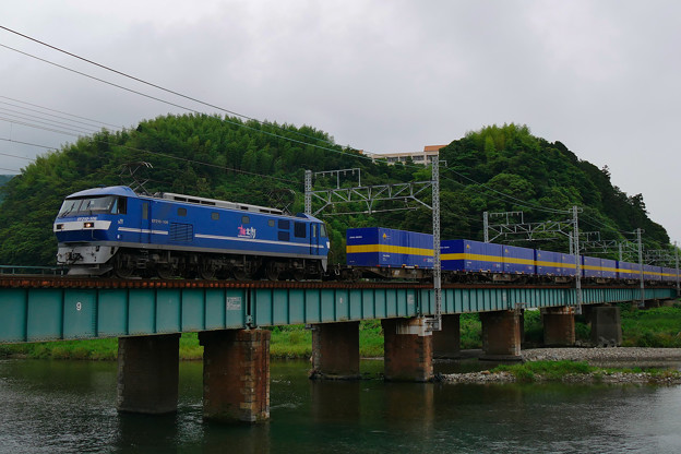 EF210-106 2059レ