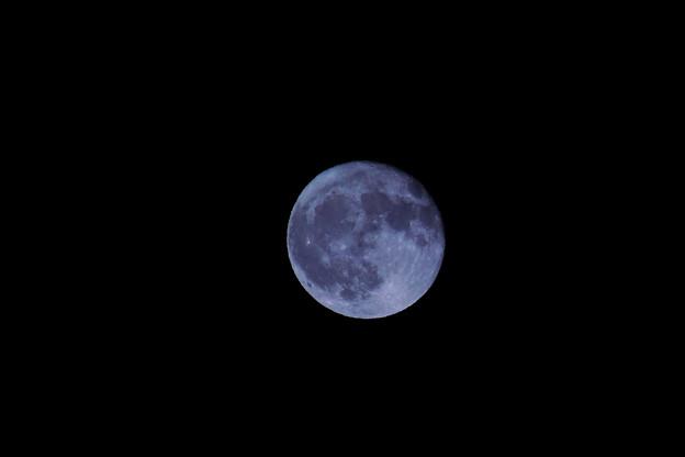 中秋翌々日の月