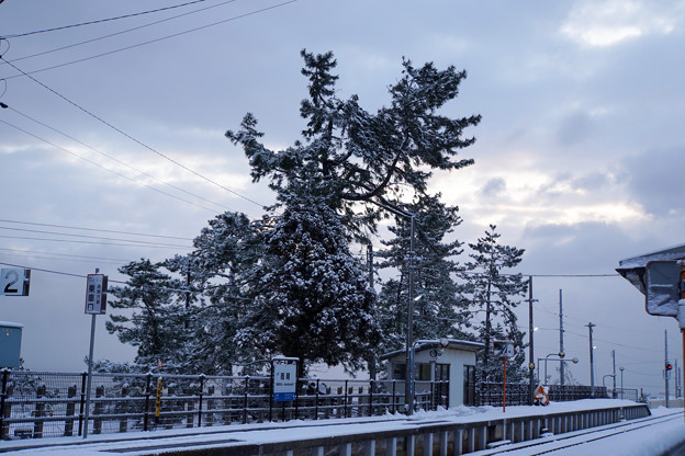 氷見線 雨晴駅