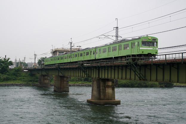 Photos: 奈良線 宇治川橋梁