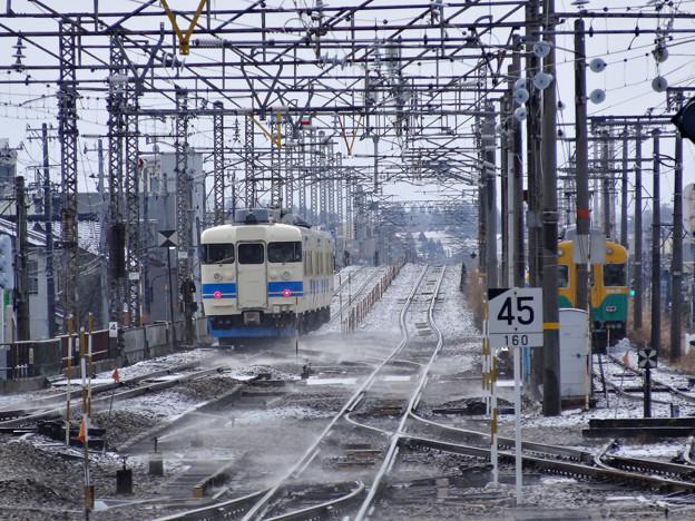 北陸本線 魚津駅