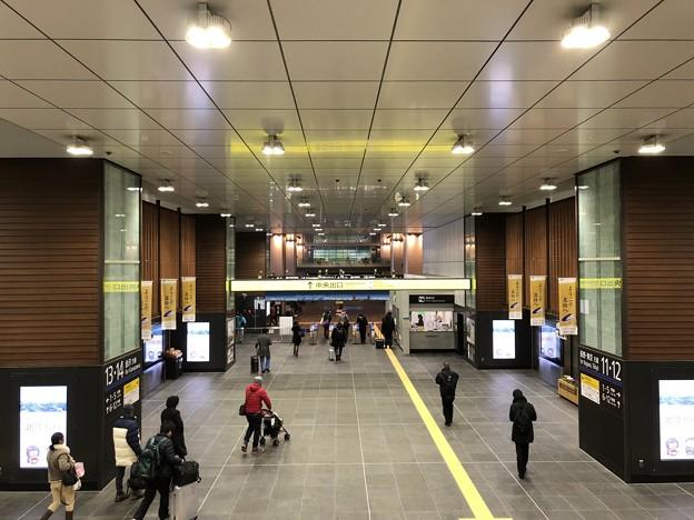 富山駅改札(富山県)
