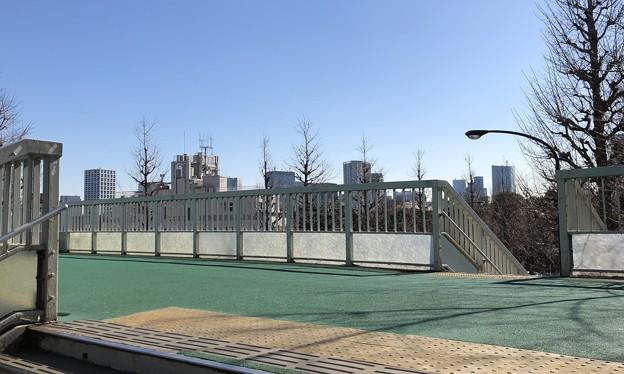 信濃町歩道橋(新宿区)