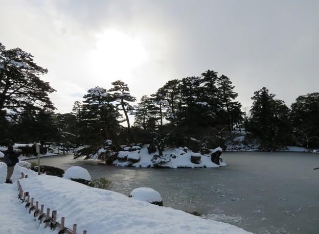 兼六園(金沢市)霞ヶ池
