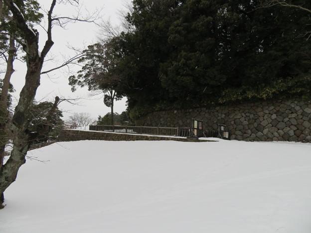 金沢城(石川県営 金沢城公園)いもり坂入口