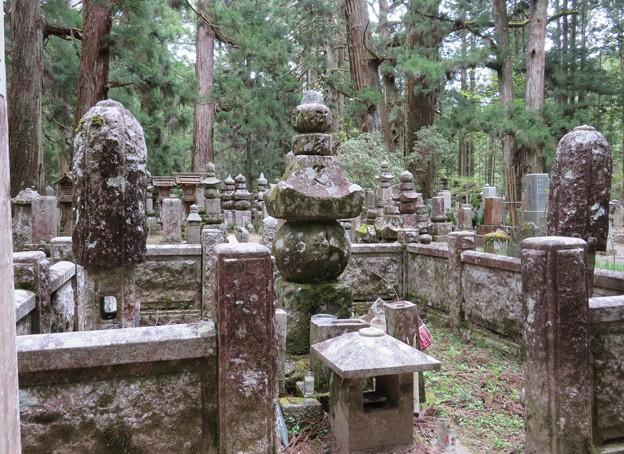 高野山金剛峯寺 奥の院(高野町)明智光秀墓所