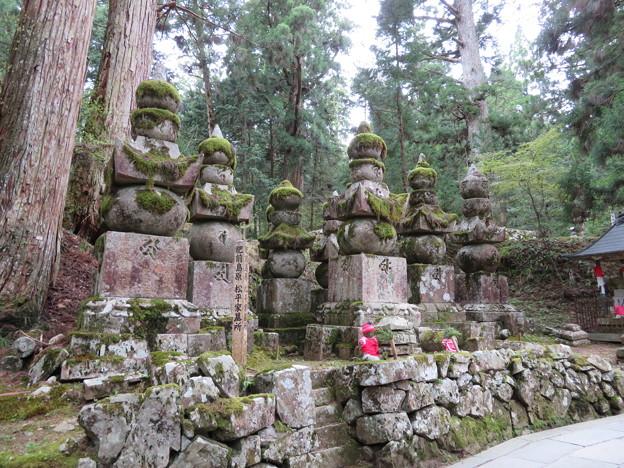 高野山金剛峯寺 奥の院(高野町)肥前島原松平家墓所