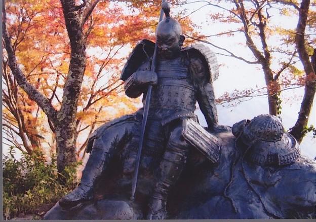 Photos: 03.11.26.賤ヶ岳古戦場(長浜市)武者の像