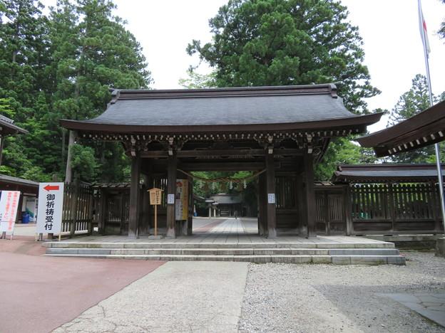 雄山神社 前立社殿(立山町岩峅寺1)表神門