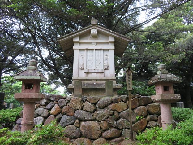 妙成寺(羽咋市)前田利常娘 浩妙院殿墓