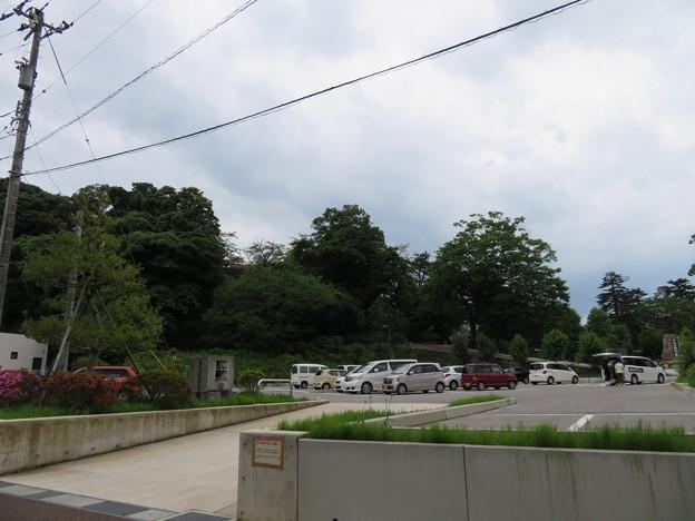 小丸山城(七尾市営 小丸山城址公園)駐車場