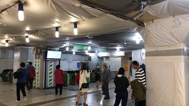 JR新橋駅 烏森口 汐留方面(東京都港区)