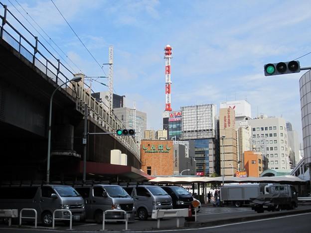 12.09.27.JR新橋駅 烏森口 汐留方面(東京都港区)