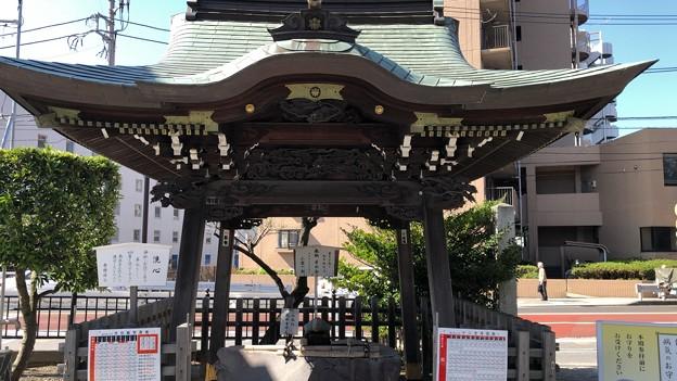 白幡神社(藤沢市)手水舎