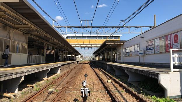 小田急江ノ島線 本鵠沼駅(藤沢市)踏切から