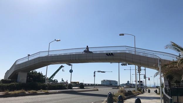 ぐーぐるサン 鵠沼海岸動線(藤沢市)鵠沼橋交差点歩道橋