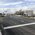 写真: 江の島入口交差点(藤沢市)