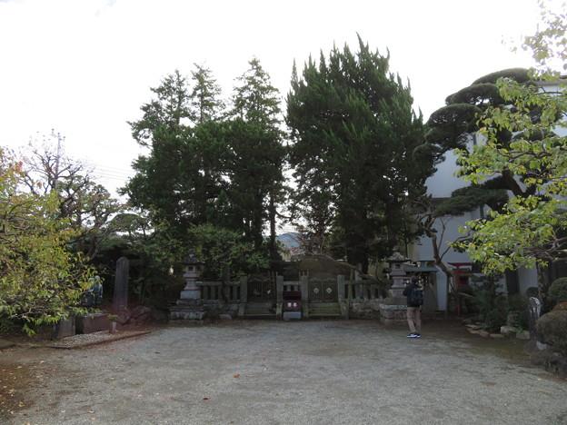 城前寺(小田原市)曽我家墓所