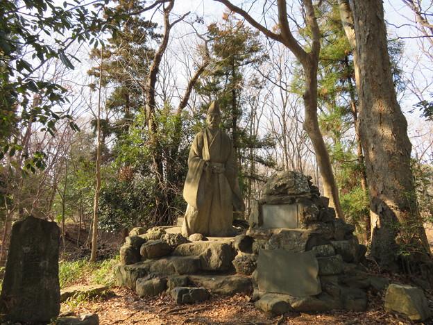 Photos: 菅谷館二郭(嵐山町)畠山重忠公像