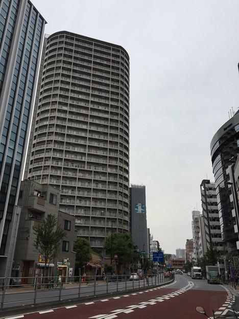 Photos: 音無川暗渠/尾久橋通り(東日暮里)