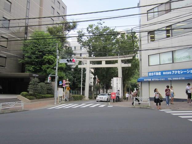 金王八幡宮鳥居/渋谷城(渋谷区渋谷)