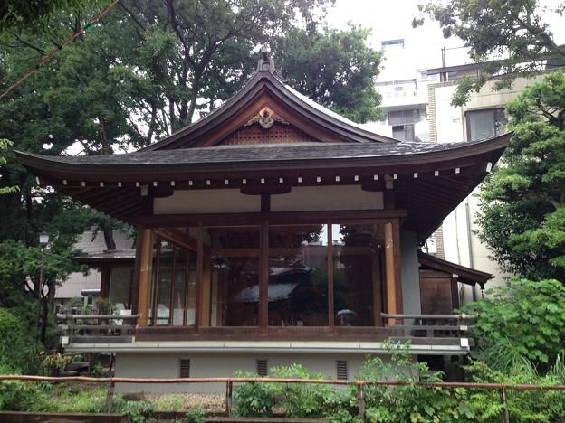 鳩森八幡神社(千駄ヶ谷八幡神社。渋谷区)能楽堂