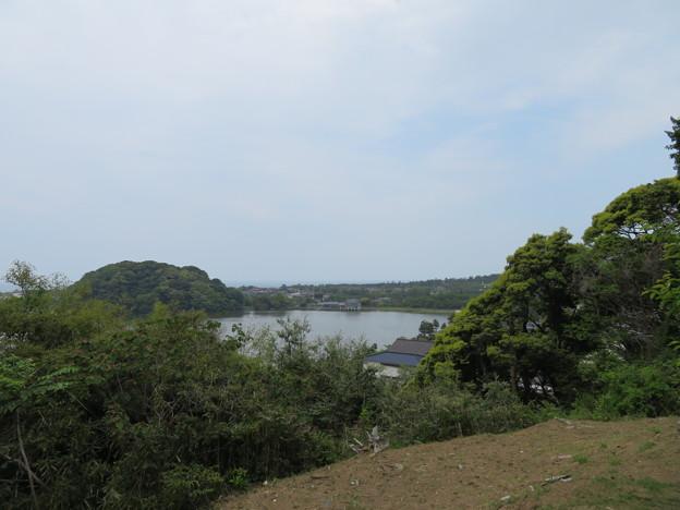 吉崎御坊跡より(福井県あわら市)鹿島の森