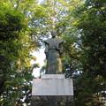Photos: 大野城/亀山公園休憩所(大野市)土居利忠公像