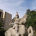 福井城(福井市)結城秀康公像