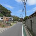 Photos: 十一人塚(鎌倉市)より極楽寺坂方向