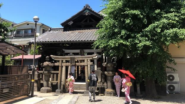 浅草神社(台東区)被官稲荷社