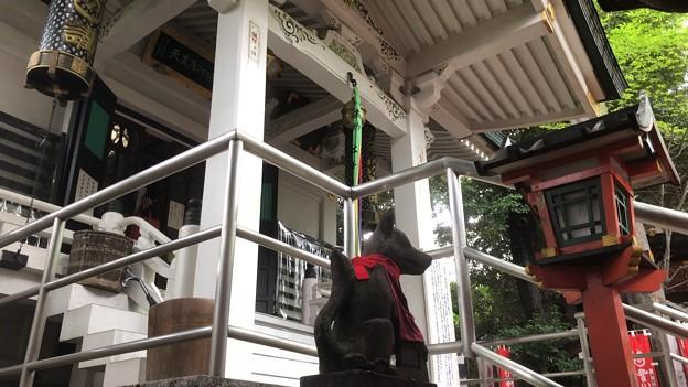 妙厳寺 豊川稲荷東京別院(港区元赤坂1丁目)奥の宮