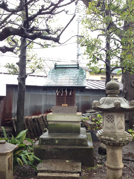 北野神社(新井天神。中野区新井)小祠